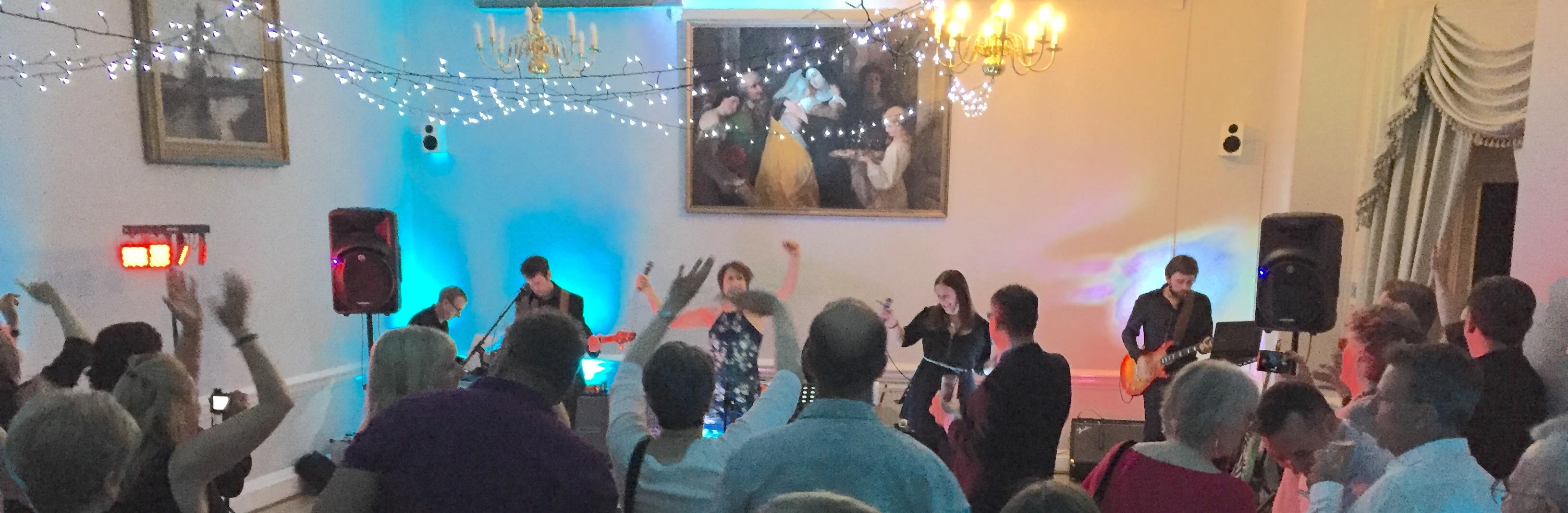 Bandeoke, rockaoke, live band karaoke